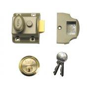Yale Locks 706 Traditional Nightlatch 40mm Backset ENB Finish Box